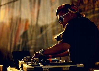 Online Music DJs