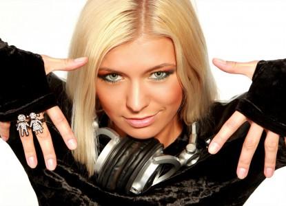 Female DJs Online Radio