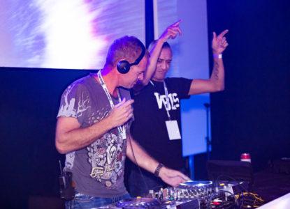 Shuffle Brothers Radio Show DJs